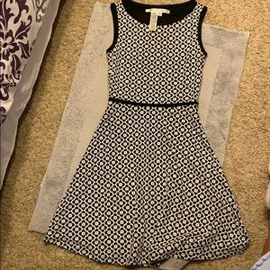 Max Studio black and white dress size XS